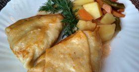 Узбекские мясные пирожки «Хамир хасип» (Мой секрет: томлю их в казане на овощах – нежнее и сочнее ещё не ела)