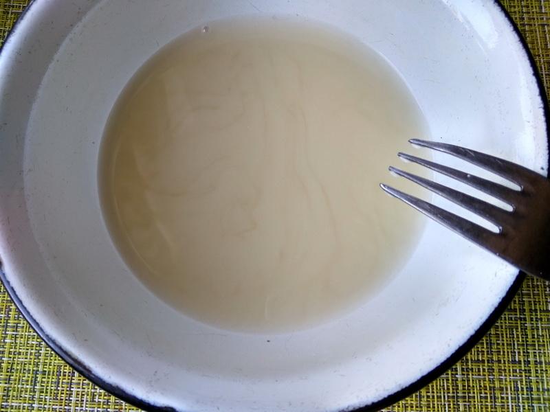 Ещё со времён отдыха на Азове вся семья подсела на «Чесночные пампушки», теперь без них суп у нас кушать - немыслимо