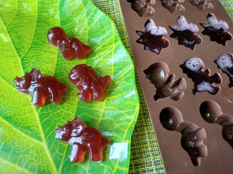 Как сделать жевательные мармеладки? Из ягодного джема и без всяких заморочек, а хранится может и 3 недели