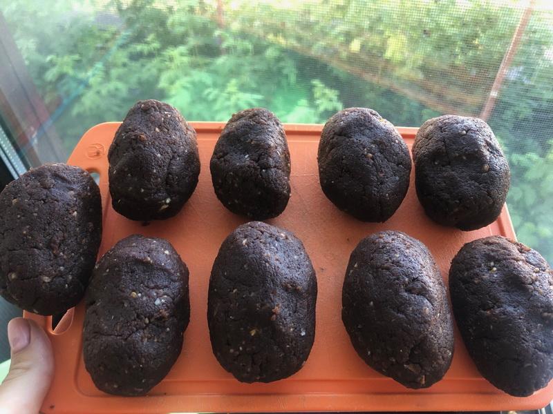 Сладкая «Картошка» - моё любимое пирожное. Рецепт ещё из СССР, но с современными фишками. Ещё вкуснее и удобнее