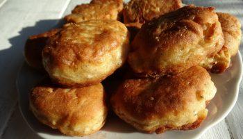Осенью всегда готовлю «Грушевые оладушки» по одному рецепту: всегда идеальны к завтраку