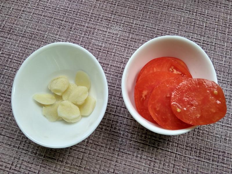 Рецепт жарки куриной грудки от моей вечно худеющей дочки: остаётся невероятно нежной, а главное нежирной