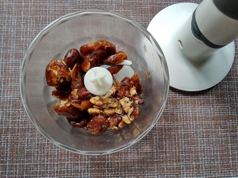 Очень простые и вкусные «Рисовые колобки» с финиками на завтрак. Мои малыши уплетают моментом