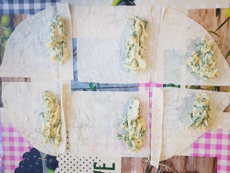 Хрустящие трубочки из лаваша – нереальная вкуснятина с картофельным пюре в начинке практически «из ничего»