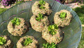 Изумительная грузинская закуска из зелени. Пряная, пикантная и очень-очень вкусная (безупречно подходит к мясу и рыбе)