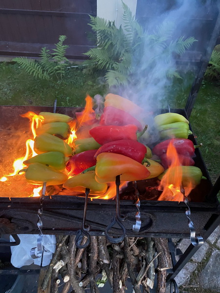 Овощи на углях закатываю в банки - нереально вкусно. Рецепт знаменитой консервации «Армянский хоровац»