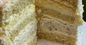 Настоящая находка — торт «Рафаэлло». Семья оценила, говорят на много вкуснее конфет. Делюсь подробным рецептом
