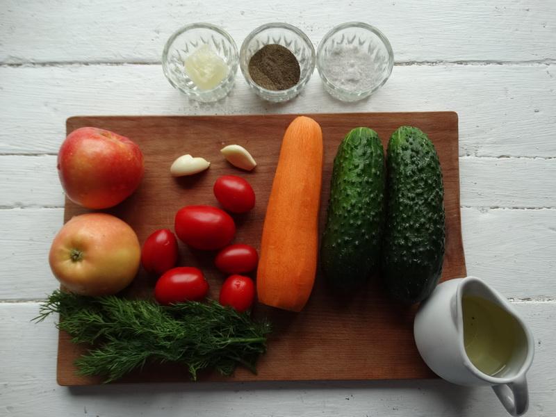 Салат из моркови по рецепту свекрови (казалось бы, ничего необычного, а все домашние его обожают)