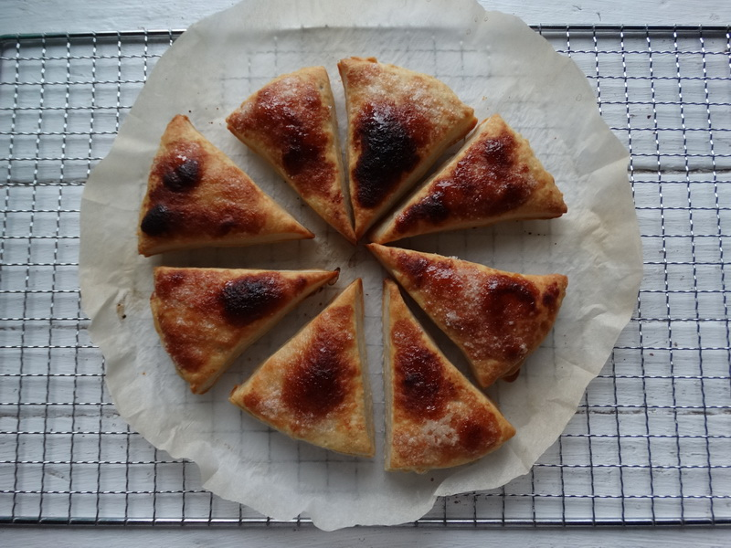 Пирог на каждый день – Слоёное тесто делаю сама, ничего сложного: на всё 40 мин, в обычной духовке, простейшие продукты