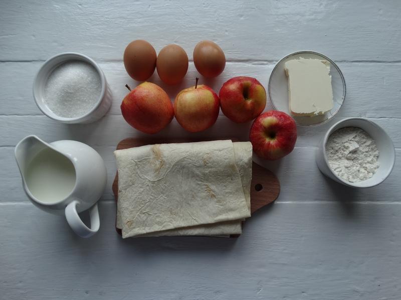 Яблоки + лаваш + молоко = быстрая вкуснятина к чаю