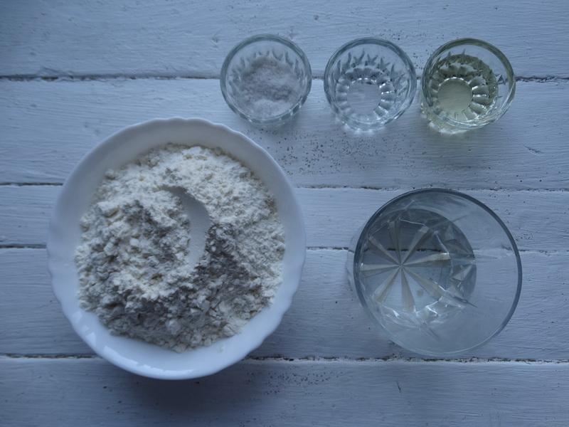 Тесто «Юфка» - моё любимейшее, ведь выпечка из него всегда шедевр (без труда раскатывается до прозрачности)