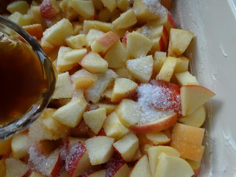 «Шифоновый пирог с яблоками» - долго училась его готовить, а теперь сама учу всех (Тончайшее тесто делаю сама, несложно)